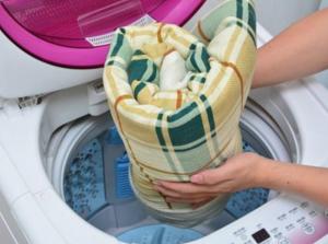 Máy giặt 8kg có giặt được chăn không?